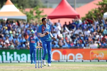 Saini Who Has Bowled At A Speed Of 150 Revealed Learned Yorker From This Bowler Cricket 22yards