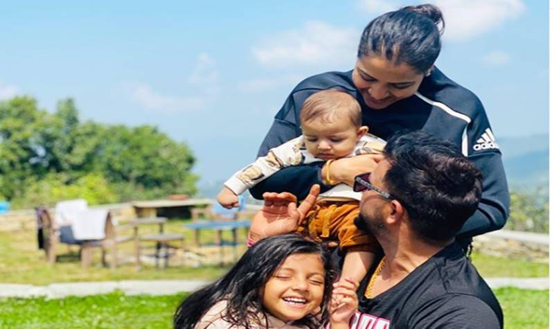 Suresh Raina spends time with family; see pics - Cricket ...